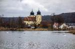 Schwäne und Kirche_5